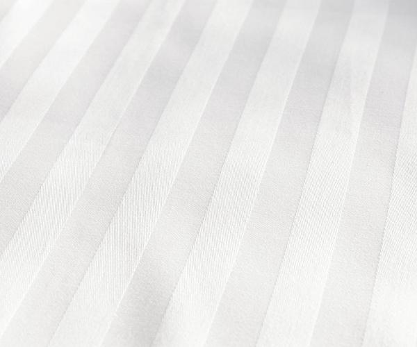 Chăn ga gối kẻ trắng chất liệu vải T250