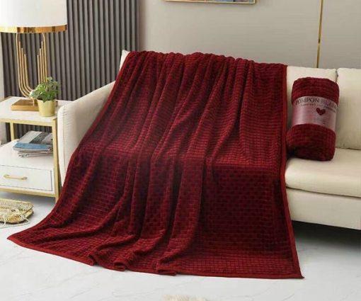 Chăn lông thỏ Blanket 4 mùa màu đỏ mận